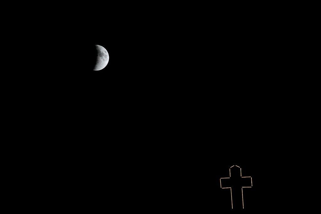 Lunar eclipse seen in Montreal